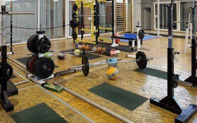 """Fitness centrom """"XXL"""""""
